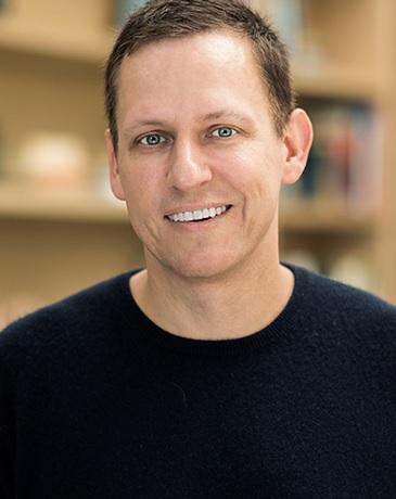 Dans la peau de Peter Thiel: 7 insights sur l'art de penser l'innovation autrement