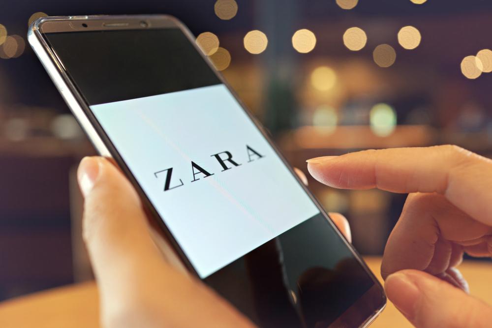 E-commerce : la stratégie de Zara pour rattraper les Pure Players en trois points